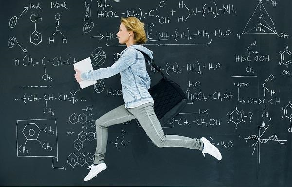 英国小学统考的学生开设专门的考前减压太极课